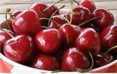 ΘΕΡΑΠΕΥΤΗΣ: ΚΕΡΑΣΙ ΤΟ «ΚΟΚΚΙΝΟ ΘΑΥΜΑ»! Οι 8 λόγοι που πρέπει να τΟ τρώμε καθημερινά!