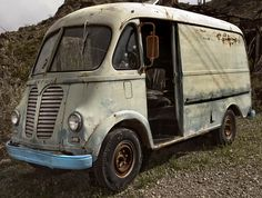 1950 International Harvester Metro by Curtis Gregory Perry, via Flickr