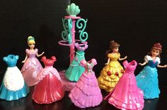 POLLY POCKET Magiclip Disney Lot MAGIC CLIP 3 Dolls, 8 Dresses And Clothing Rack