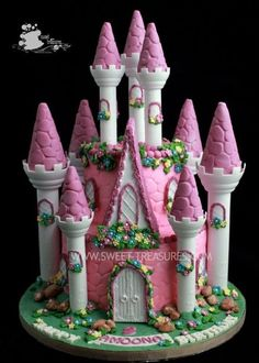 Princess Castle Cake wow Jade & Jordin would love this!