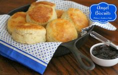 Melissa's Southern Style Kitchen: Angel Biscuits