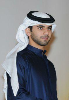 Arab Men, Arabian Nights, Beautiful Men, Dubai, Captain Hat, Prince, Sweet, Style, Fashion