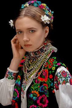 Folk Fashion, Ethnic Fashion, Womens Fashion, People Photography, Ukraine, Costumes, Culture, Traditional, Celebrities