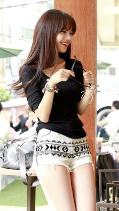 If you like all abut fashion click and visit my page <3 http://coverhable.com