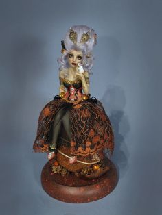 more pics on ebay: http://www.ebay.com/itm/OOAK-034-Zombie-Autumn-Antoinette-034-polymer-doll-IADR-by-Sara-Rojo-/161483954596