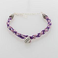 Kumihimo Purple & Silver Bracelet with Silber bead Seed Bead Jewelry, Seed Beads, Beaded Jewelry, Fashion Bracelets, Classic Style, Chain, Purple, Silver, Tech