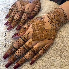 Ideas for bridal henna latest Palm Henna Designs, Wedding Henna Designs, Beautiful Henna Designs, Beautiful Mehndi, Best Mehndi Designs, Arabic Mehndi Designs, Mehndi Designs For Hands, Henna Tattoo Designs, Short Mehndi Design