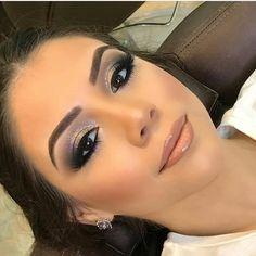 Smokey eyes seem great in 2019 Glam Makeup, Diy Makeup, Bridal Makeup, Wedding Makeup, Beauty Makeup, Hair Beauty, Makeup Ideas, Gorgeous Makeup, Love Makeup