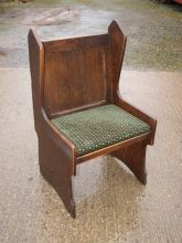 BS02SSG Single Seater Pub Settle in Oak Finish With Upholstered Seat Pad www.cityfurnitureclearance.co.uk