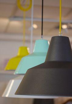 + Wall Colors, Colours, Cottage Ideas, Coffee Shops, Pendant Lights, Lamp Design, Lighting Ideas, Mint, Shades