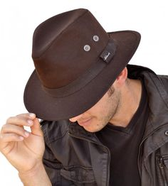 Failsworth Brown Wax Drifter Stetson Hat Failsworth Hats Ltd has been manufacturing ladies hats and men s hats since 1903 and has two design and