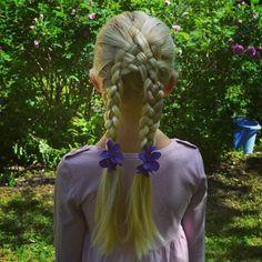 Basket weave into 4-strand braids. See more on instagram @jennishairdays