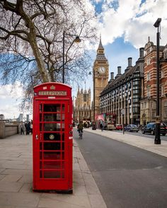 Dreaming of going there ❣ Mykonos, Santorini, London Telephone Booth, London Phone Booth, England Ireland, England Uk, Big Ben London, City Aesthetic, London Travel