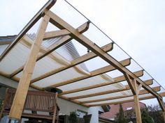 Terrassenüberdachung mit Innenbeschattung von Peddy Shield