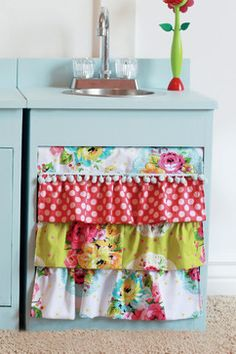 Build a Simple Play Kitchen Sink- Free and Easy DIY Project and Furniture Plans Play Kitchens, Cute Curtains, Camper Curtains, Colorful Curtains, Small Fridges, Deco Originale, Home And Deco, Ana White, Furniture Plans