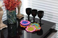 Artesanato com amor...by Lu Guimarães: Decoração: Porta Copos coloridos de crochê