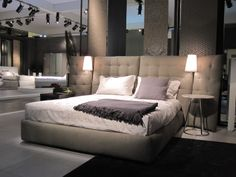 The Angle Bed by Flou, beige