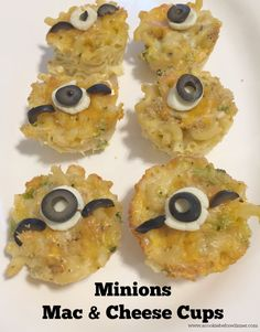 These Minions Mac and Cheese Cups are a great Minions party food idea or for a minions baby shower idea! They'd also be great to serve as a Minions slumber party! #ad #MinionsMovieNight