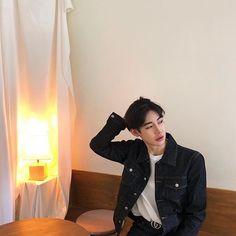 save = follow (@sxhxniiii) Instagram Asian, Korea Boy, Ulzzang Boy, Mens Glasses, Asian Boys, Beautiful People, Female, Beauty, Oc