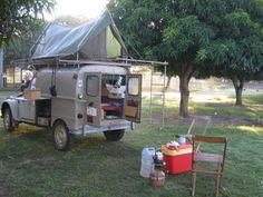 Image associée Car Camper, Camper Caravan, Mini Camper, Camper Van, Micro Campers, Equipement Camping Car, Racing Quotes, Tiny Trailers, Auto Retro