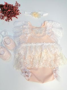 Vintage style lace romper, Cream Lace Baby Romper, Baby Girl Lovely Boho Chic Lace Romper, Baby Girl 1st Birthday, vintage baby girl outfit