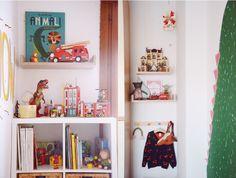Le prime novità della cameretta di Giovanni! Nursery Design, Kids Rooms, Baby Kids, Bookcase, Ikea, Shelves, Babies, Home Decor, Murals