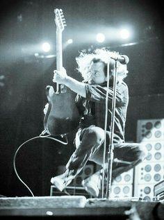 Eddie flying!
