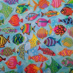 Holiday colouring. Happy fish! #lostocean #johannabasford #fabercastell #fabercastellclassic #derwentburnisher #derwentblender #uniballsigno #adultcoloringbook #adultcoloring #fish #ocean #adultcolouring #holidays #sorrynotnails #sorrynotsorry