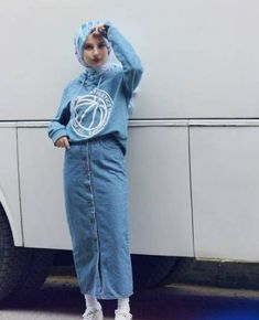 Super skirt hijab style outfit ideas Source by ideas hijab Modern Hijab Fashion, Street Hijab Fashion, Muslim Fashion, Look Fashion, Trendy Fashion, Fashion Outfits, Trendy Style, Hijab Casual, Hijab Chic