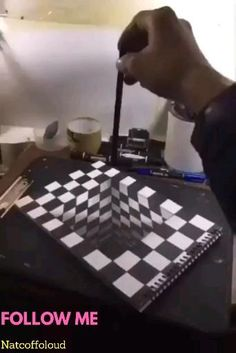 videos drawing Incredible DIY Illusions & More! Really Cool Drawings, Art Drawings Sketches Simple, Art Drawings For Kids, Pencil Art Drawings, Easy Drawings, Illusion Kunst, Illusion Drawings, 3d Illusion Art, Illusion Paintings
