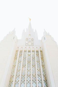 San Diego Temple 9 - Travel San Diego - Ideas of Travel San Diego Mormon Temples, Lds Temples, Lds Temple Pictures, Lds Pictures, Pretty Pictures, Wedding Pictures, San Diego Temple, San Diego Travel, Lds Art