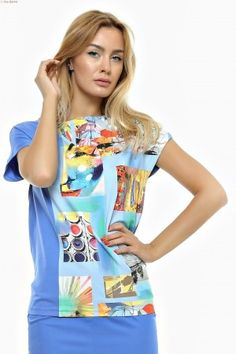 Bluza dreapta cu fata partial imprimata si spatele uni. T Shirt, Tops, Women, Fashion, Supreme T Shirt, Moda, Tee Shirt, Fashion Styles, Fashion Illustrations