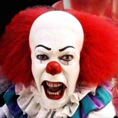 It (1990) | 24 Insanely Scary Horror Movies That'll Keep You Awake Forever
