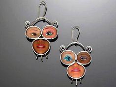 joyas hechas con mucheca barbie reciclada.19bis.com