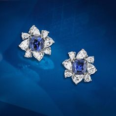 Vibrant sapphires from Madagascar are accentuated by 16 fine pear-shaped diamonds. These timeless earrings complete the House of Gübelin's elegant Glowing Jellyfish line and are best worn, accompanied by the Glowing Jellyfish necklace.