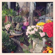 Flower shop, Le Marais, Paris Glass Vase, Paris, Shop, Flowers, Home Decor, Style, Fashion, Homemade Home Decor, Moda