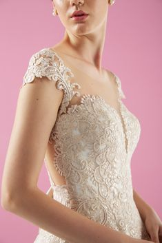 Wedding Bride, Lace Wedding, Bridal Collection, Bridal Style, Bridal Dresses, Wedding Styles, Marriage, Wedding Photography, Couture