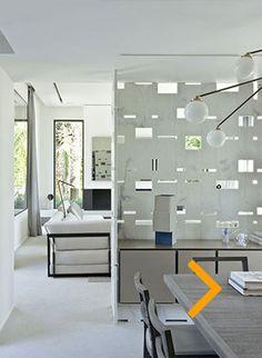 #whitemarble #muxarabi #biombo Architecte François Vieillecroze Vila Saint Tropez
