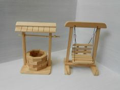 kit miniatura poço e balanço Popsicle Stick Crafts House, Craft Stick Crafts, Home Crafts, Crafts For Kids, Diy Crafts Hacks, Diy And Crafts, Sticks Furniture, Fairy Garden Furniture, Wooden Crafts