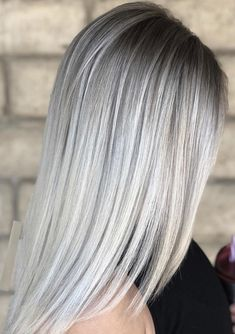 12 Perfect Ice Blonde Sleek Straight Hairstyles for 2018 - Blonde Hair Grey Hair Wig, Ice Blonde Hair, Brown Blonde Hair, Ombre Hair, Ice Hair, Grey Blonde, Sleek Hairstyles, Wig Hairstyles, Straight Hairstyles
