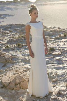 eff705643bfdb 10 Best Nicole Miller and katie may Wedding dresses images | Wedding ...
