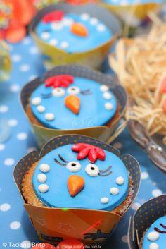 Festa Infantil Galinha Pintadinha - Cupcake http://www.suelicoelho.com.br/2014/06/mais-uma-vez-galinha-pintadinha.html