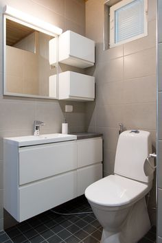 Laatat: Casablanca ja Dream, Värisilmä Laundry Room Bathroom, Bathroom Storage, Kitchen Room Design, My Dream Home, Indoor Outdoor, Toilet, House, Furniture, Home Decor