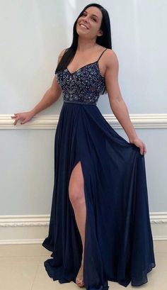 Look for the perfect prom dress in a good selection of elegant night gowns, stunning tinsel, little mordant clothes. #Dressesformal