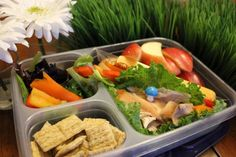 Back to school: lunchbox ideas for 30 days with no repeats!  Great ideas on lunches your kids will actually eat