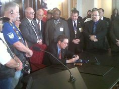Ohio Gov. John Kasich ‏ @JohnKasich    signs bills making 3/30 Vietnam Vets day in OH.