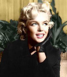 Marilyn Monroe ♦️More Pins Like This At FOSTERGINGER @ Pinterest ♦️June 1, 1926 - August 5, 1962