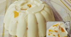 Το προσθέτουμε στο γιαούρτι, τα ανακατεύουμε όλα μαζί , φρούτα, γιαούρτι και ζελέ κι αδειάζουμε το μείγμα σε μία φόρμα, πυρέξ ή σε μπολ