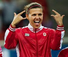 Christine Sinclair Team Canada - one of the best female soccer players on planet earth! Girls Soccer Team, Female Football Player, Worldcup Football, Football Team, Football Players Images, Usa Girls, Smart Women, Latest Sports News, Dream Team