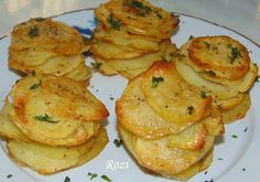Rozi erdélyi,székely konyhája: Leveles krumpli (pityóka) Potato Salad, Shrimp, Muffin, Menu, Chicken, Ethnic Recipes, Kitchen, Food, Contouring